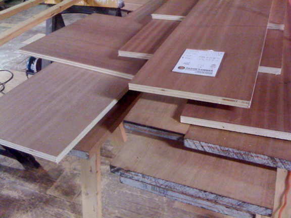 Mahogany for Builtin