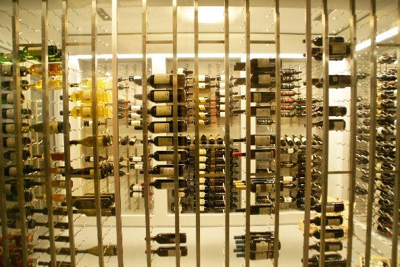 6 Wine Cellar Glass Wall